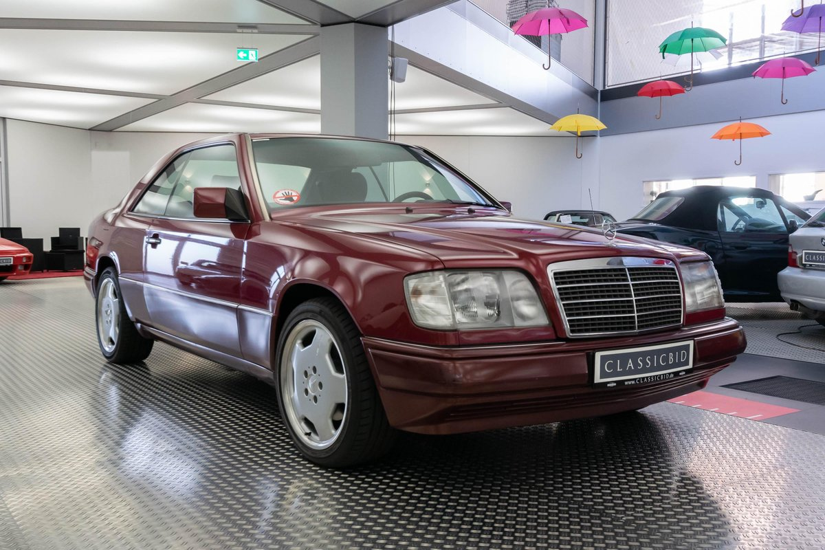 1994 Mercedes-Benz 220 CE LHD  For Sale (picture 1 of 6)