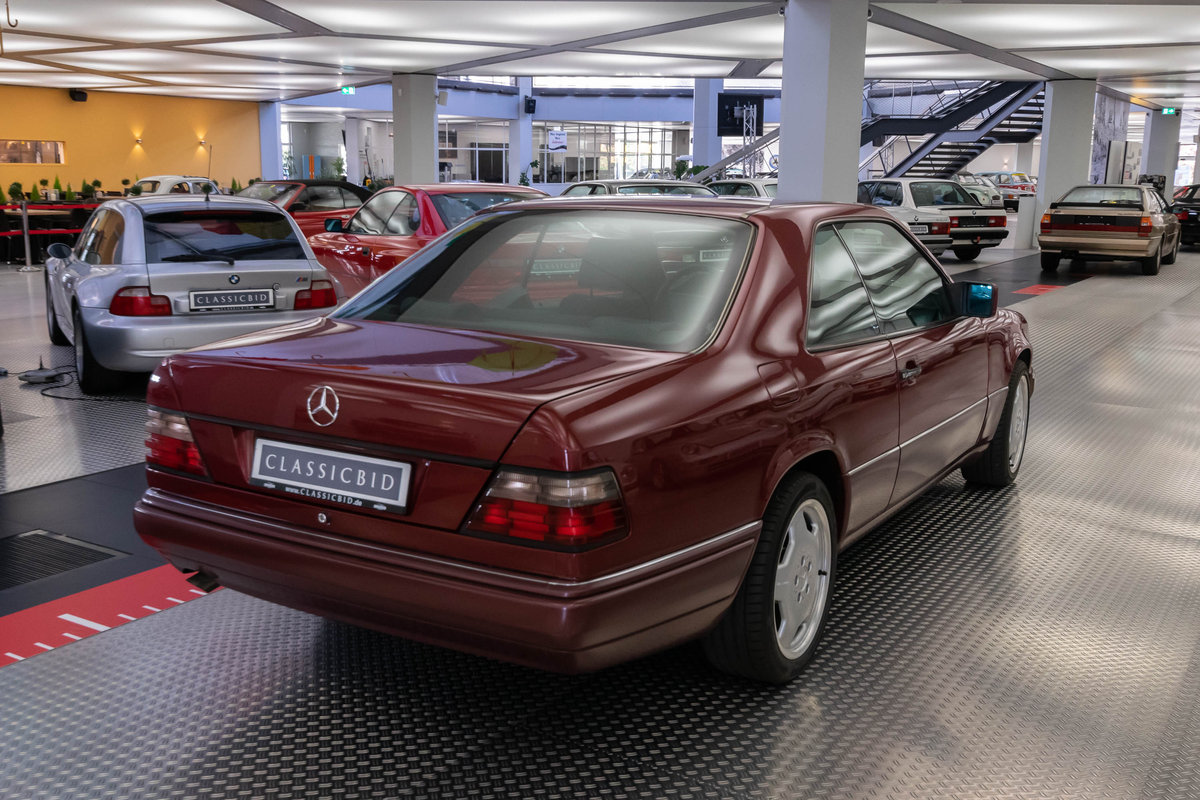 1994 Mercedes-Benz 220 CE LHD  For Sale (picture 3 of 6)