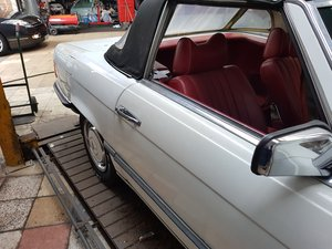 Mercedes 350 SL RELUCTANT SALE
