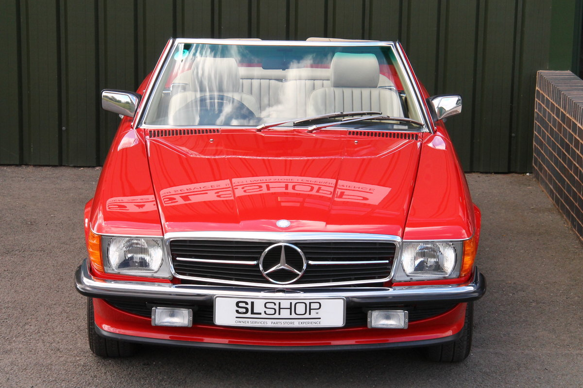 1989 Mercedes-Benz 300SL (R107) Just 1,999 Miles #2109 For Sale (picture 2 of 6)