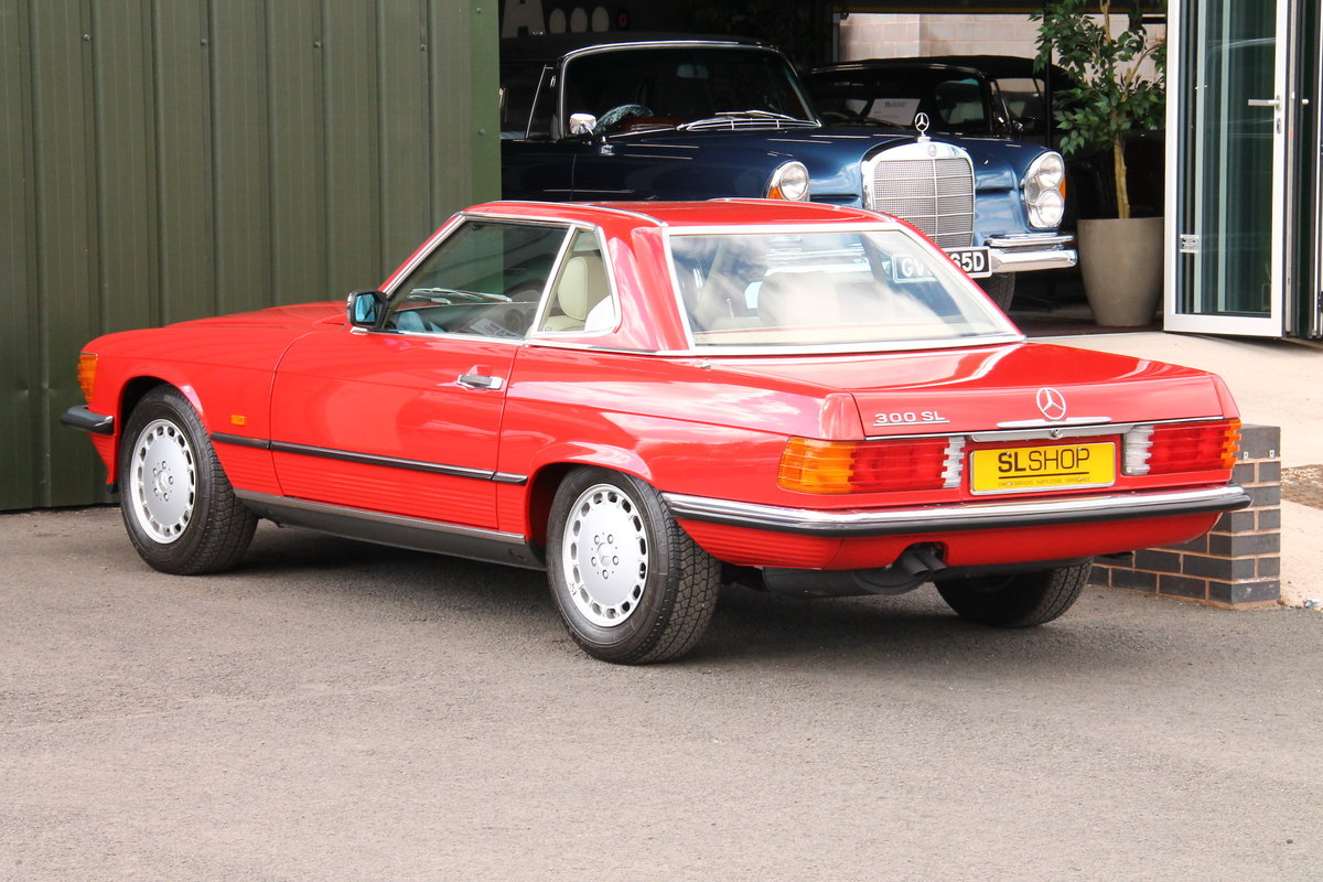 1989 Mercedes-Benz 300SL (R107) Just 1,999 Miles #2109 For Sale (picture 5 of 6)