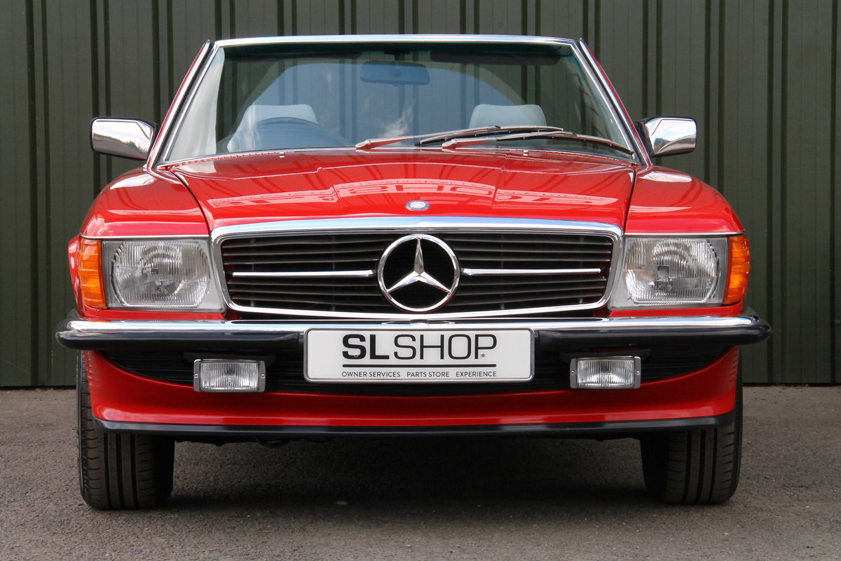1988 Mercedes-Benz 300SL (R107) Just 35,649 Miles #2076 For Sale (picture 2 of 6)