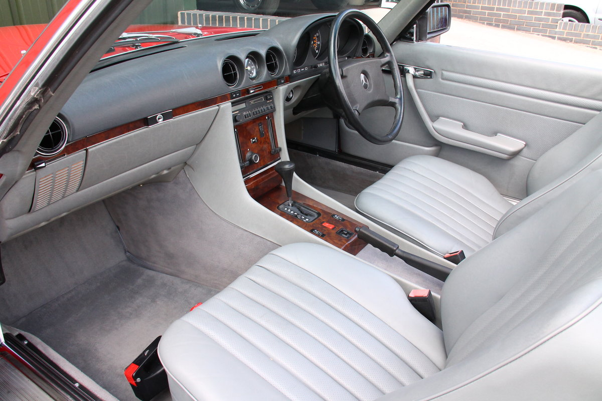 1988 Mercedes-Benz 300SL (R107) Just 35,649 Miles #2076 For Sale (picture 3 of 6)