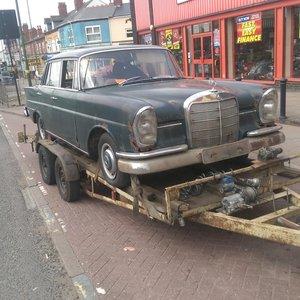 1969 Mercedes 230s restoration project