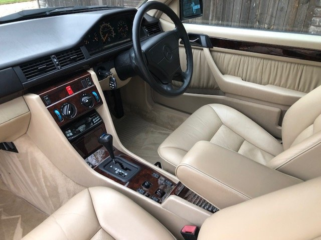 1996 Mercedes E220 Cabriolet Sportline For Sale (picture 4 of 6)