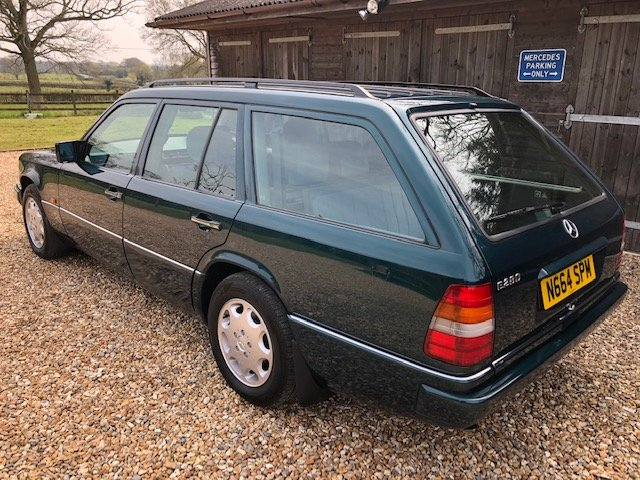 1995 Mercedes E280 Estate ( 124-series ) For Sale (picture 2 of 6)