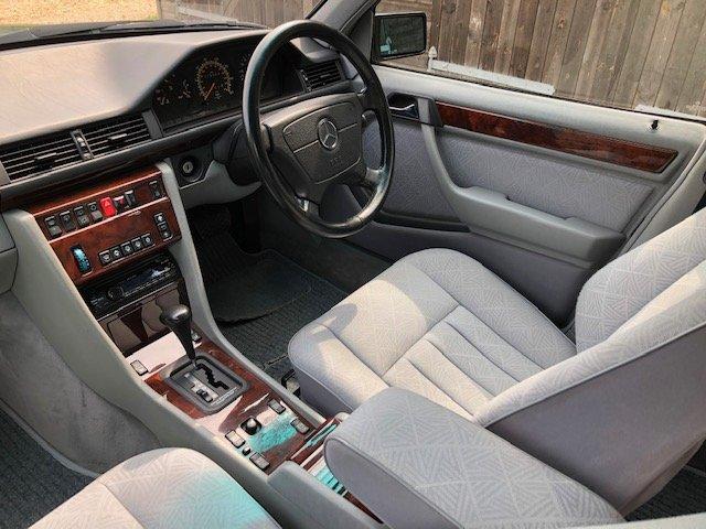 1995 Mercedes E280 Estate ( 124-series ) For Sale (picture 3 of 6)