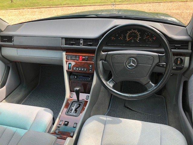 1995 Mercedes E280 Estate ( 124-series ) For Sale (picture 5 of 6)