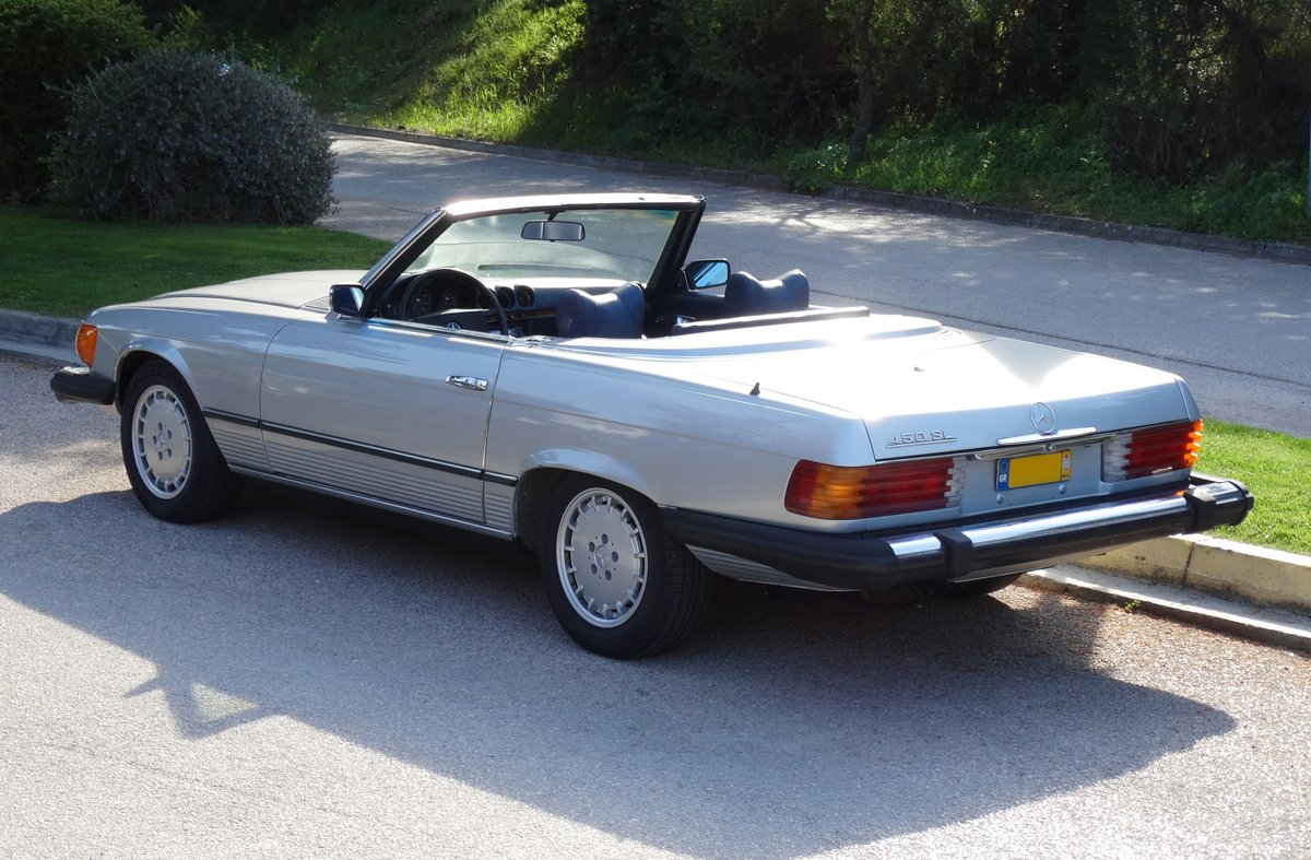 1975 Mercedes-Benz 450 SL, Astral Silver with Blue, Hardtop  For Sale (picture 2 of 6)