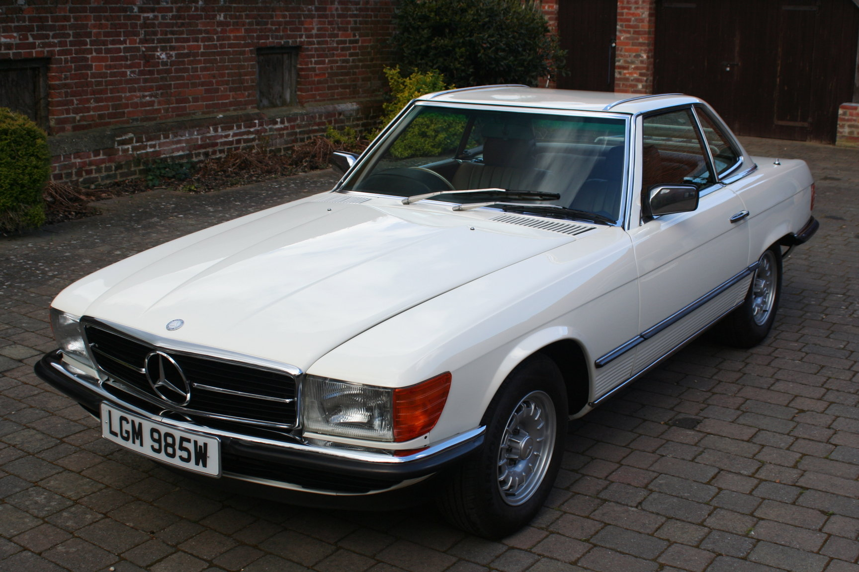 Mercedes-Benz 1981 R107 500SL Fully Restored For Sale (picture 1 of 6)
