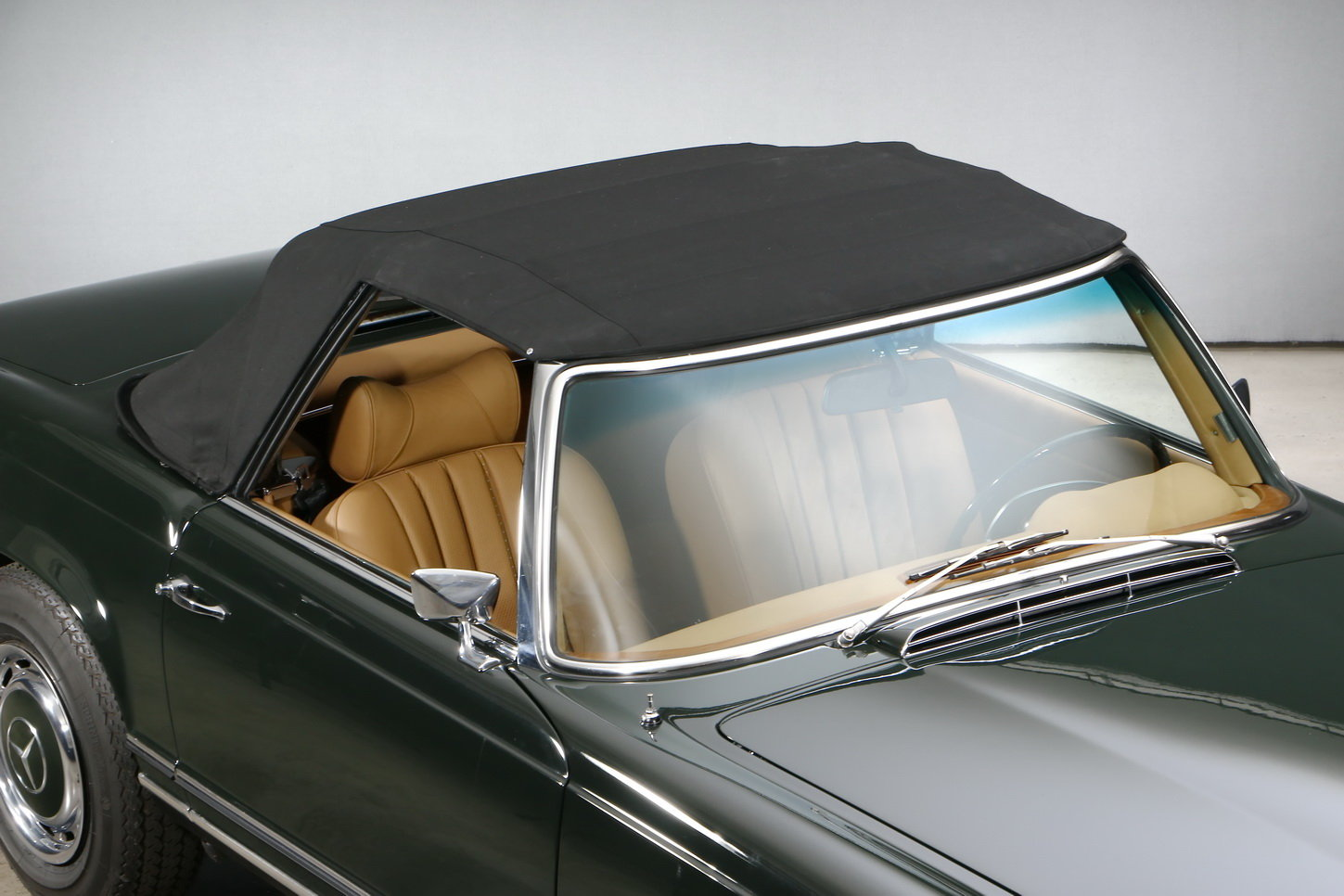 1971 Mercedes-Benz 280 SL Roadster For Sale (picture 4 of 6)