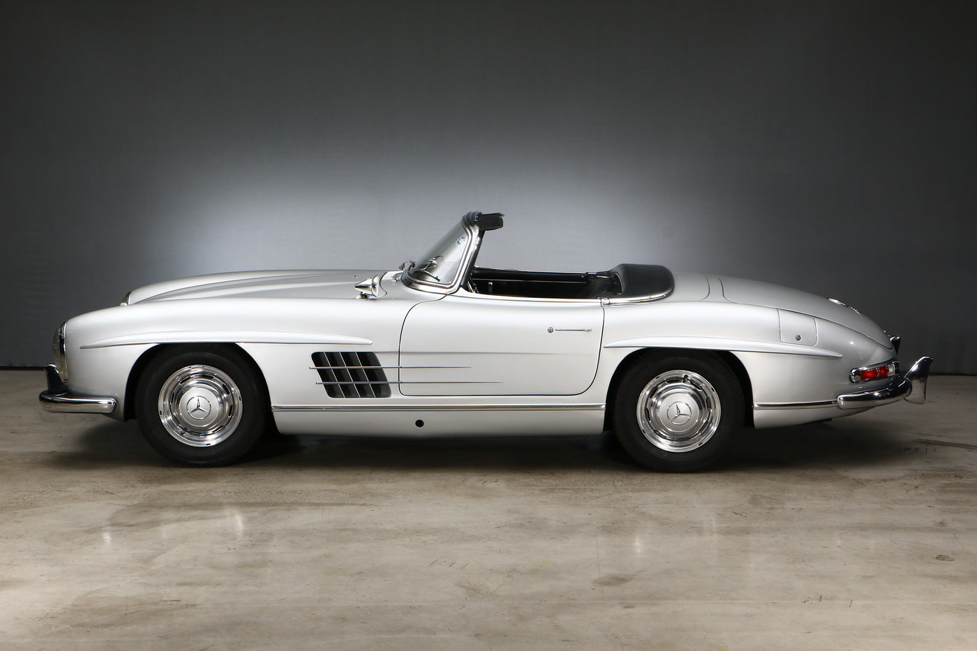 1957 Mercedes-Benz 300 SL Roadster For Sale (picture 2 of 6)