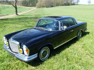 1971 marvellous coupé with lot of equipment For Sale