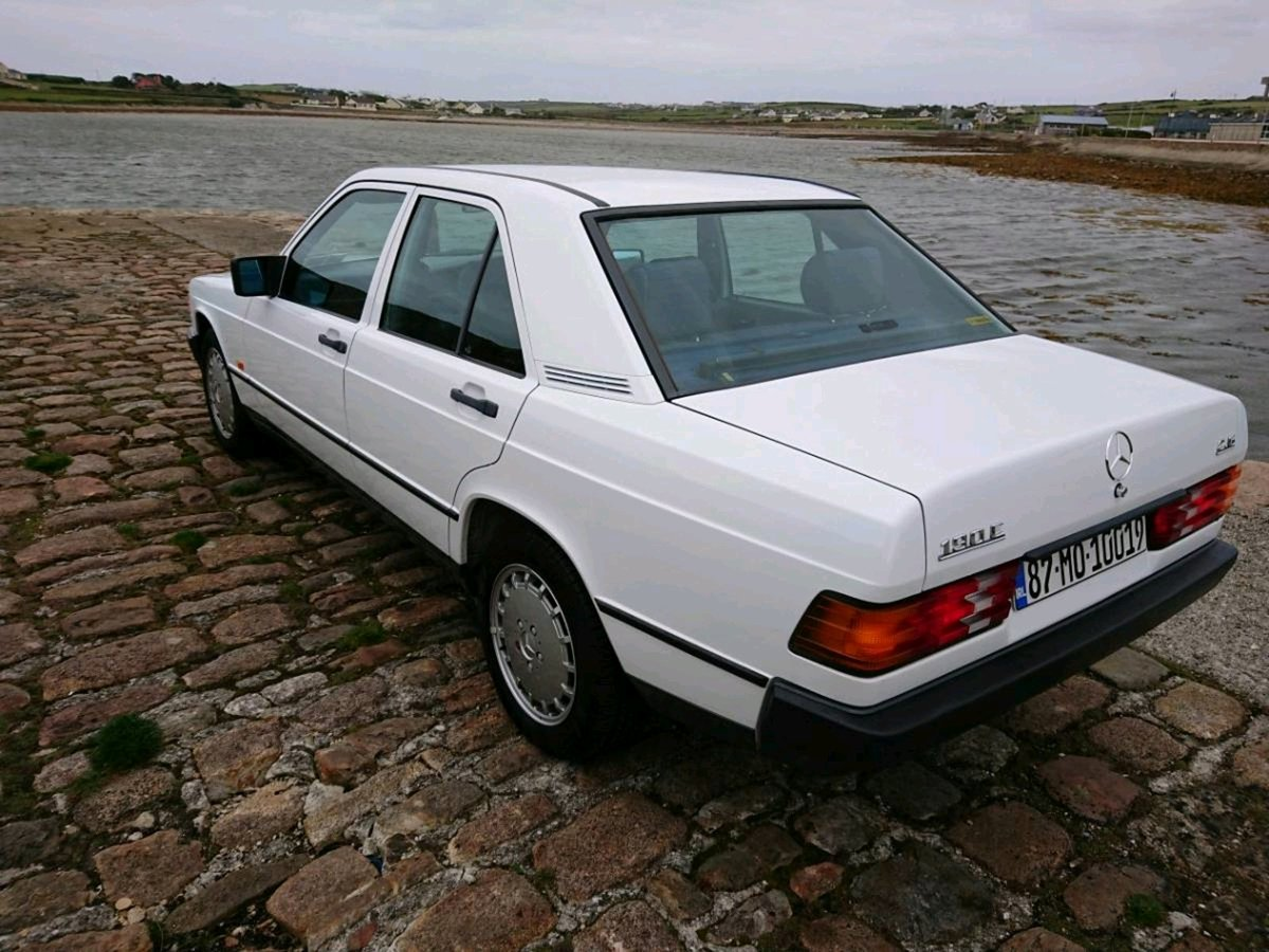 1987 Mercedes 190E 2.6 Manual 166 Bhp 91500 Miles FSH For Sale (picture 3 of 6)