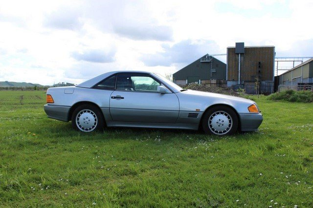 1990 Mercedes 300 SL-24 Auto at Morris Leslie Auction 25th May SOLD by Auction (picture 3 of 6)