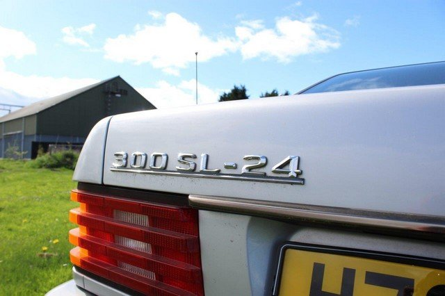 1990 Mercedes 300 SL-24 Auto at Morris Leslie Auction 25th May SOLD by Auction (picture 6 of 6)