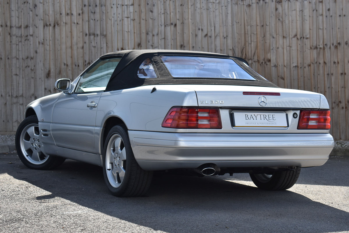 2000 Mercedes-Benz SL Class 3.2 SL320 2dr For Sale (picture 2 of 6)