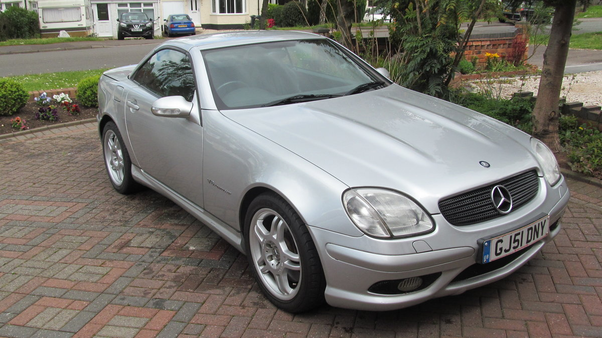 2001 Super Low Mileage Low Ownership SLK32 AMG For Sale (picture 1 of 6)