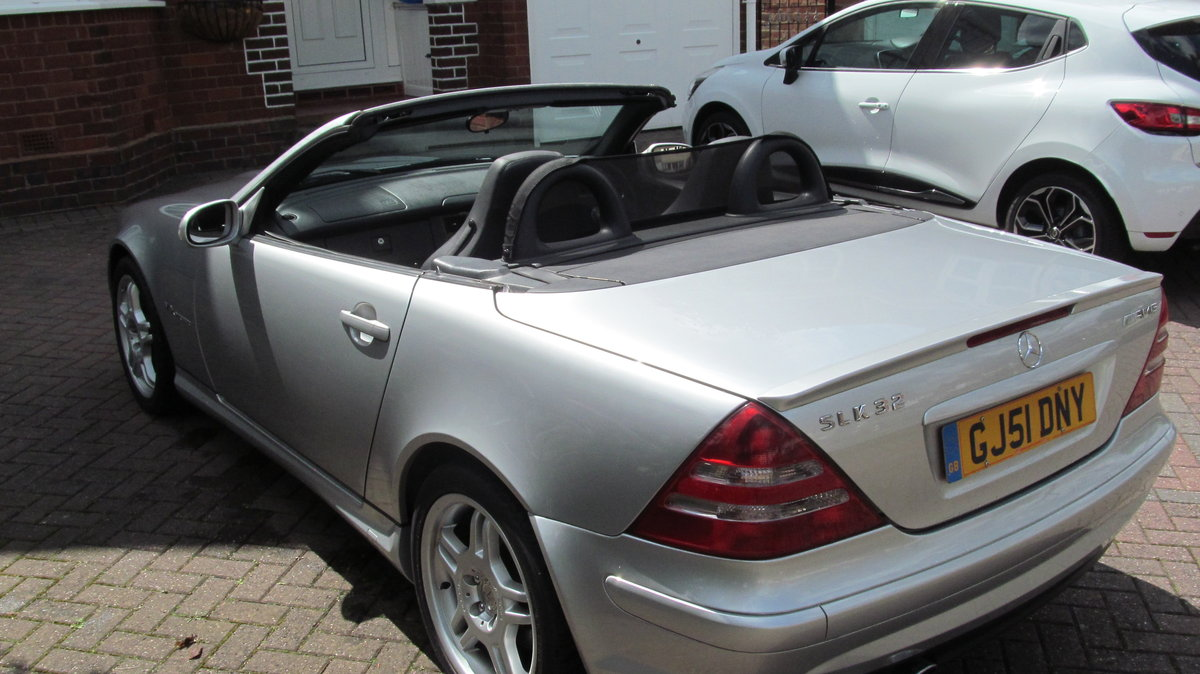 2001 Super Low Mileage Low Ownership SLK32 AMG For Sale (picture 2 of 6)