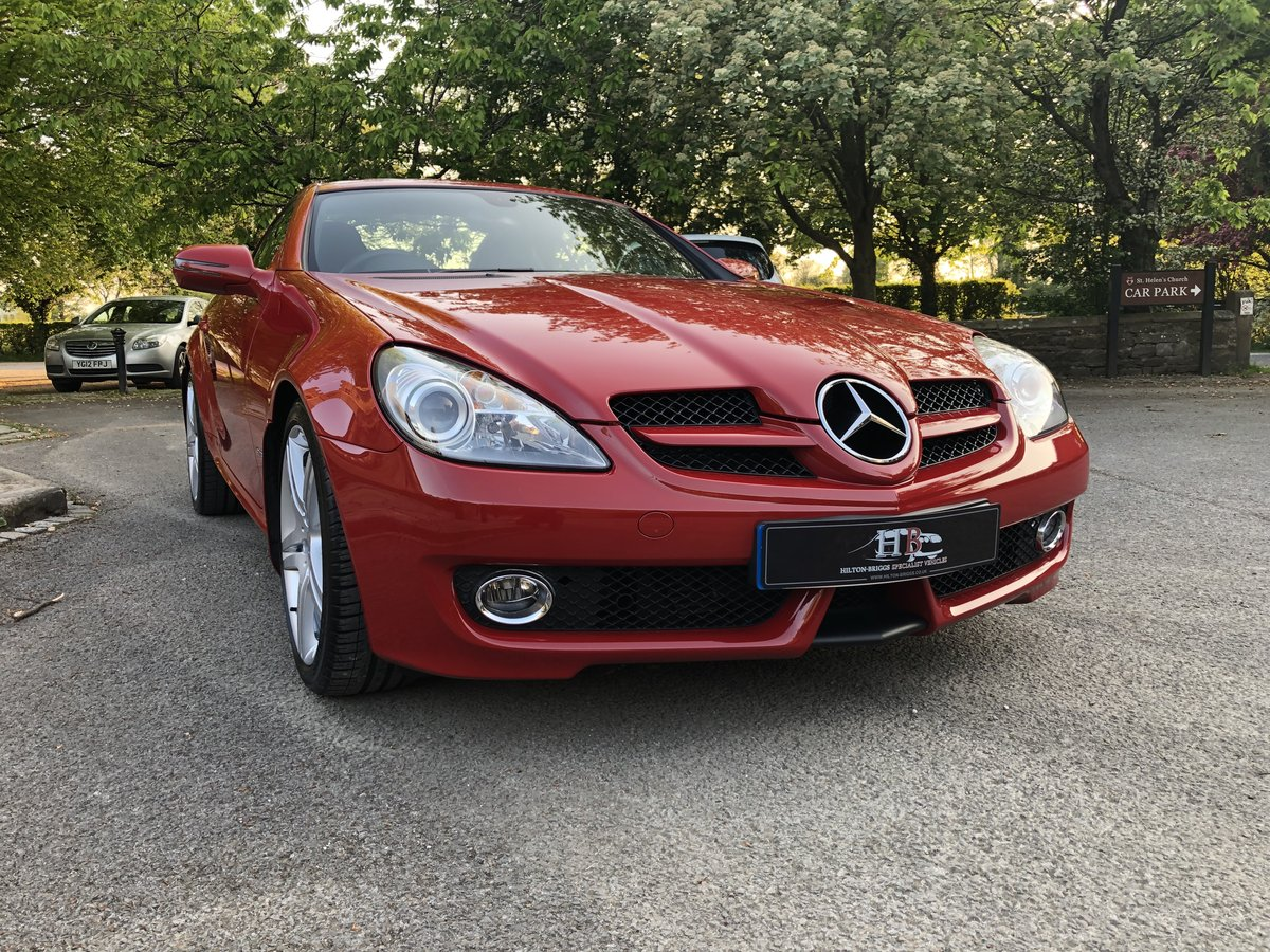 2010 MERCEDES-BENZ SLK 200, ONLY 10700 MILES FROM NEW. SOLD (picture 6 of 6)