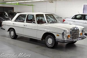1972 Mercedes 280SE = Sedan Ivory(~)Red Auto 31k miles $9.9k For Sale