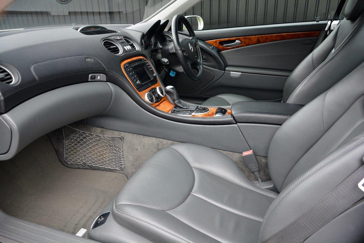 2004 Mercedes SL 350 3.7 V6 * Designo Colour + 42k Miles* SOLD (picture 3 of 6)