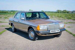 1985 Mercedes-Benz W123 230E - 35K Miles - Timewarp Condition SOLD