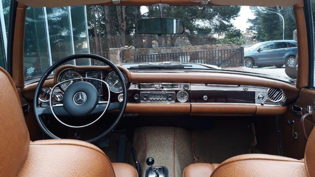 1969 Mercedes-Benz 280SL W113 For Sale (picture 3 of 6)