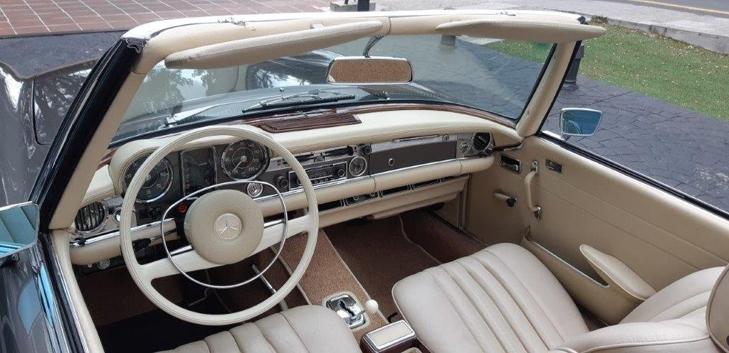 1970 Mercedes-Benz 280SL W113 For Sale (picture 3 of 6)