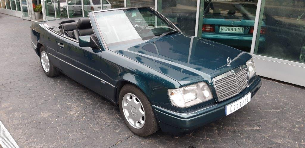 1994 Mercedes-Benz 320CE W124 For Sale (picture 2 of 6)