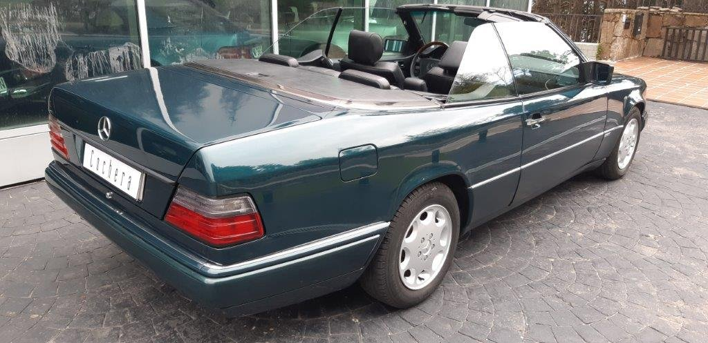 1994 Mercedes-Benz 320CE W124 For Sale (picture 3 of 6)