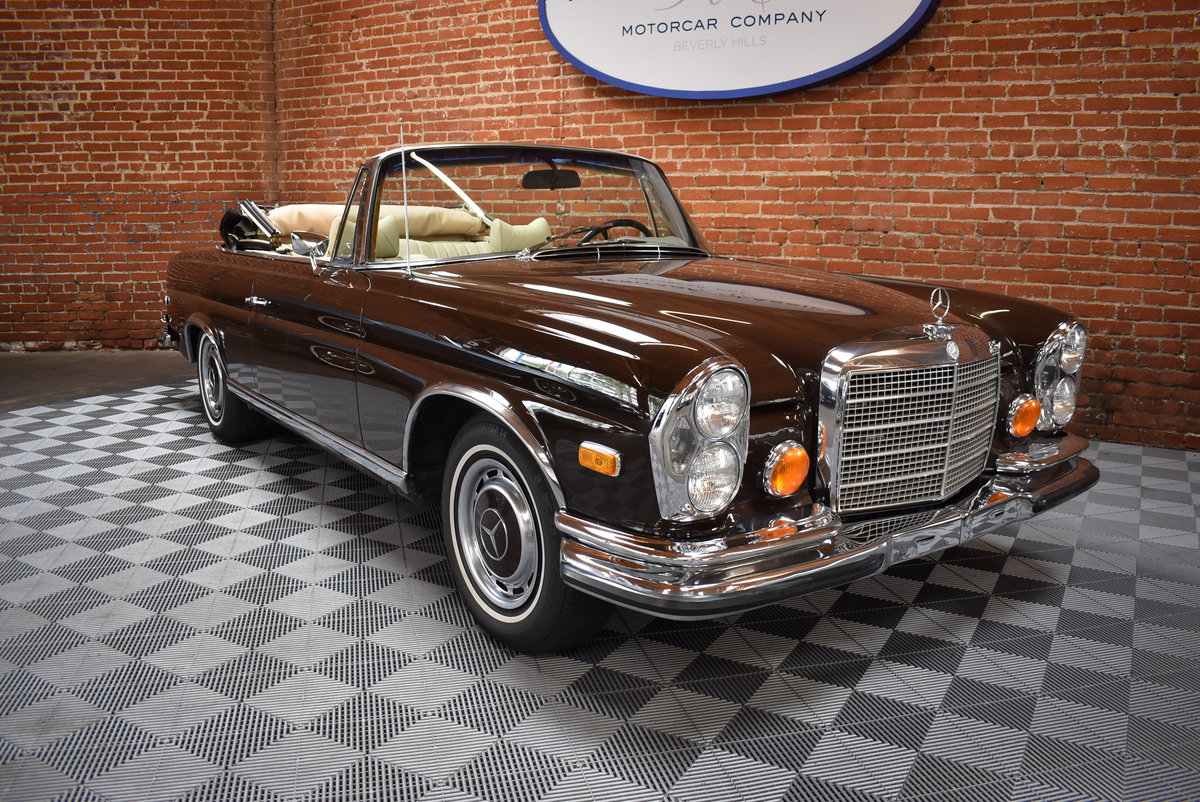 1971 Mercedes Benz 280SE 3.5 Cabriolet SOLD (picture 1 of 6)