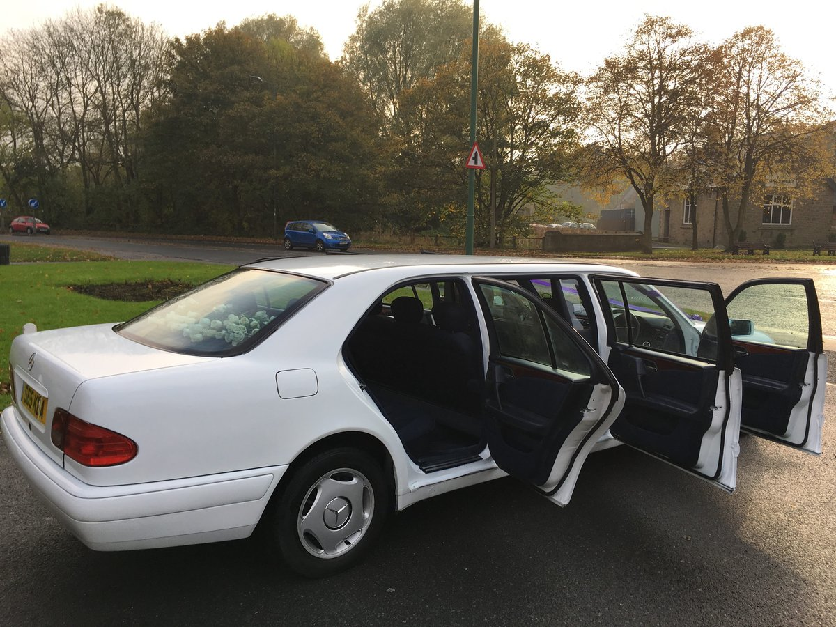 1998 Mercedes Wedding Limousine For Sale (picture 5 of 6)