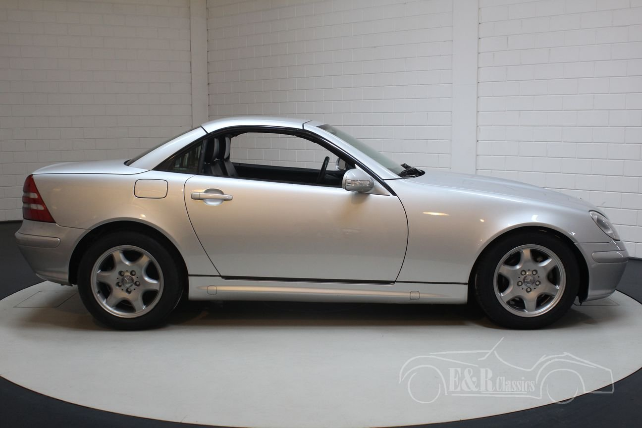 Mercedes-Benz SLK200 2000 only 57784 km For Sale (picture 6 of 6)