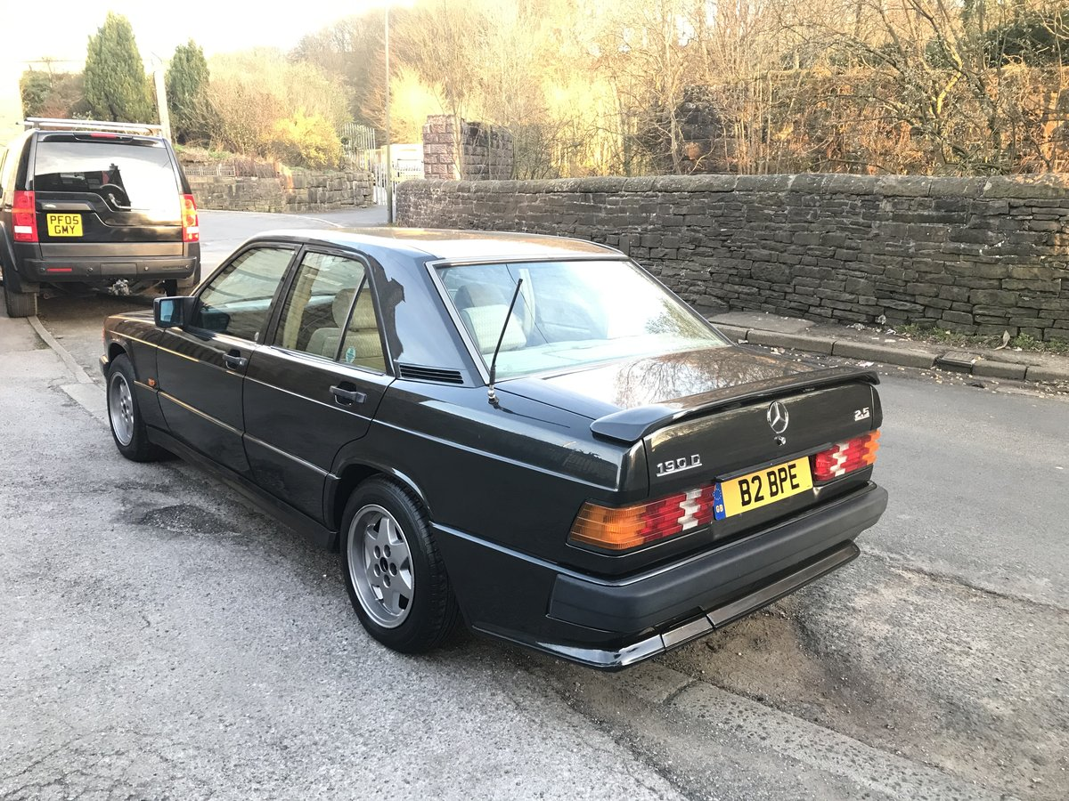 1991 1990 mercedes 190d,rare factory kit,3 owners,low m For Sale (picture 2 of 6)