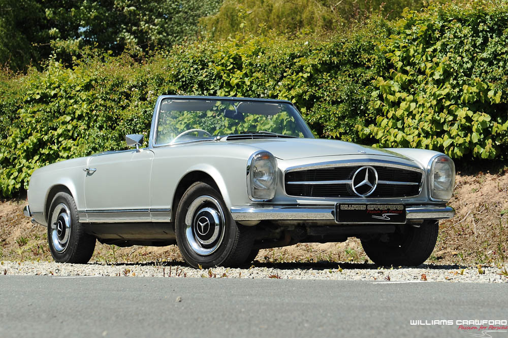 1967 Mercedes Benz 250 SL 'Pagoda' manual For Sale (picture 1 of 6)