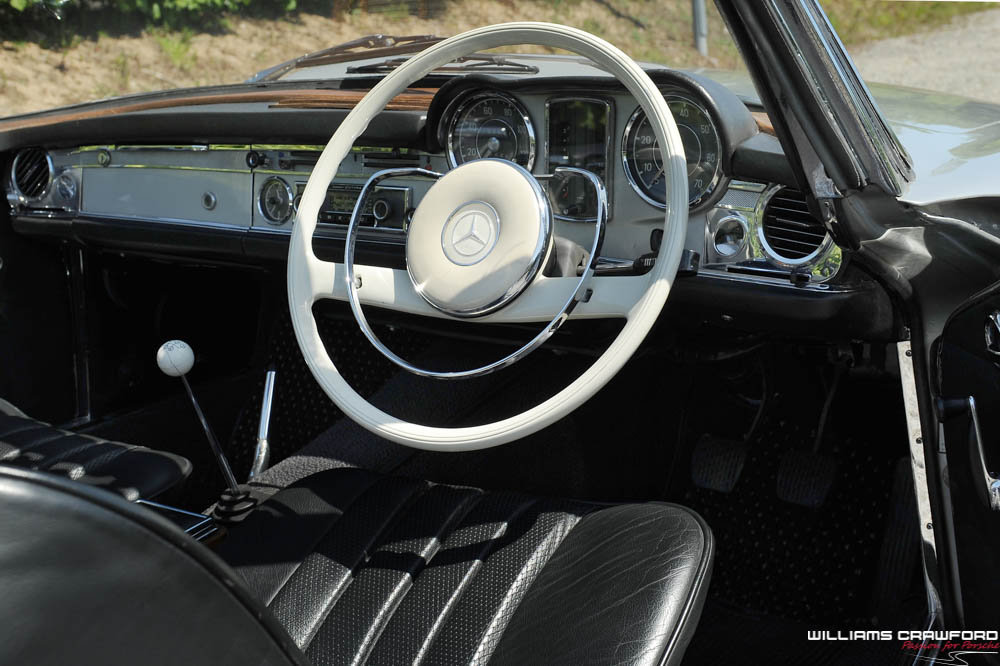 1967 Mercedes Benz 250 SL 'Pagoda' manual For Sale (picture 5 of 6)