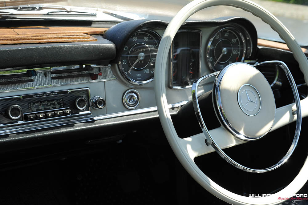 1967 Mercedes Benz 250 SL 'Pagoda' manual For Sale (picture 6 of 6)