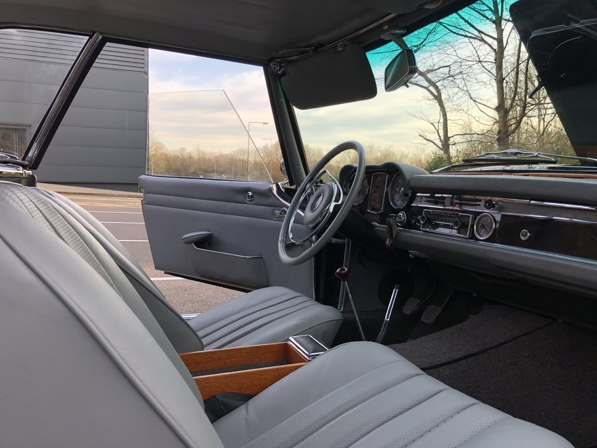 1965 Mercedes Benz 230SL Pagoda 4 speed manual For Sale (picture 6 of 6)