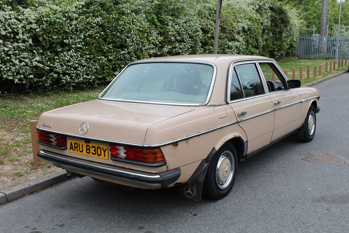 Mercedes 200 Auto 1982 - To be auctioned 26-07-19 For Sale by Auction (picture 2 of 6)