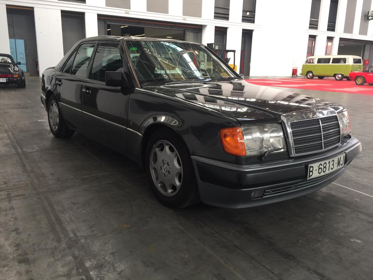 Mercedes-Benz - E 500 (W124) - 1991 For Sale (picture 3 of 6)