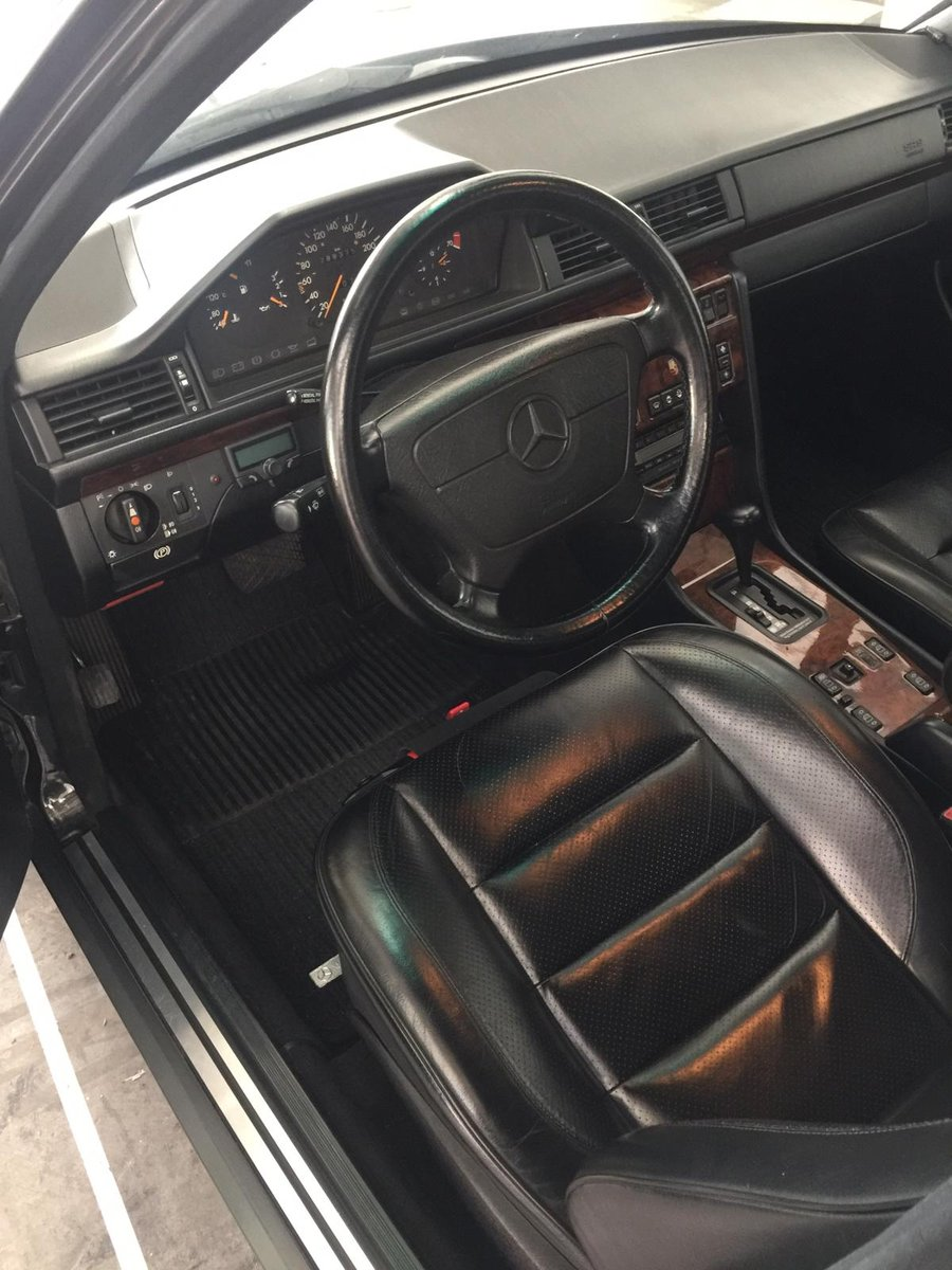 Mercedes-Benz - E 500 (W124) - 1991 For Sale (picture 4 of 6)