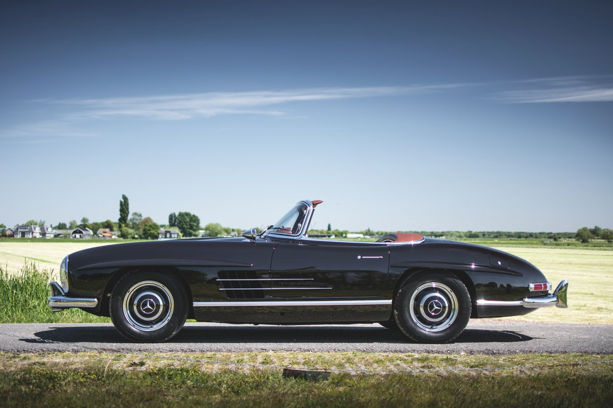 1957 Mercedes-Benz 300 SL Roadster For Sale by Auction (picture 1 of 5)