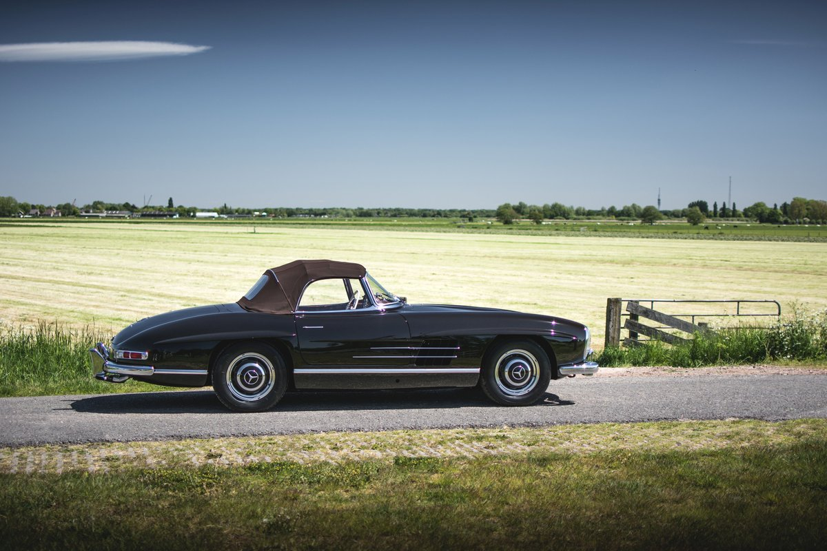 1957 Mercedes-Benz 300 SL Roadster For Sale by Auction (picture 3 of 5)