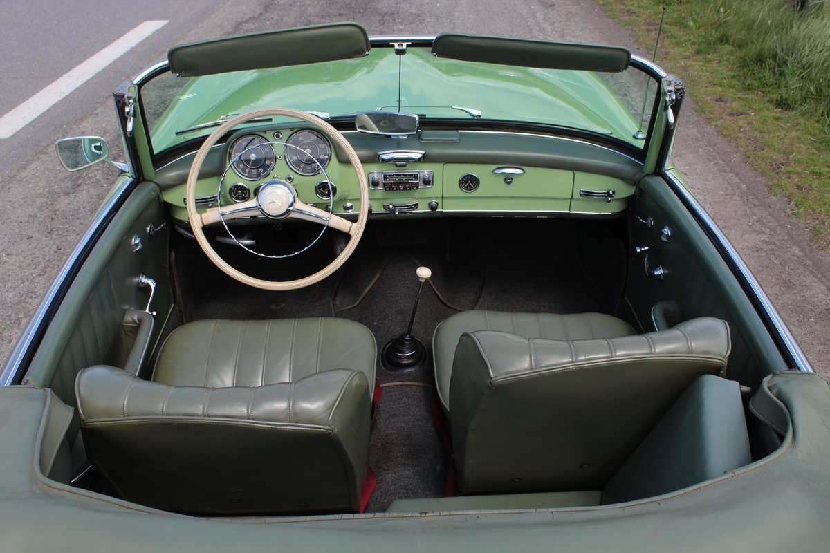 1959 Mercedes-Benz 190 SL  For Sale by Auction (picture 4 of 6)