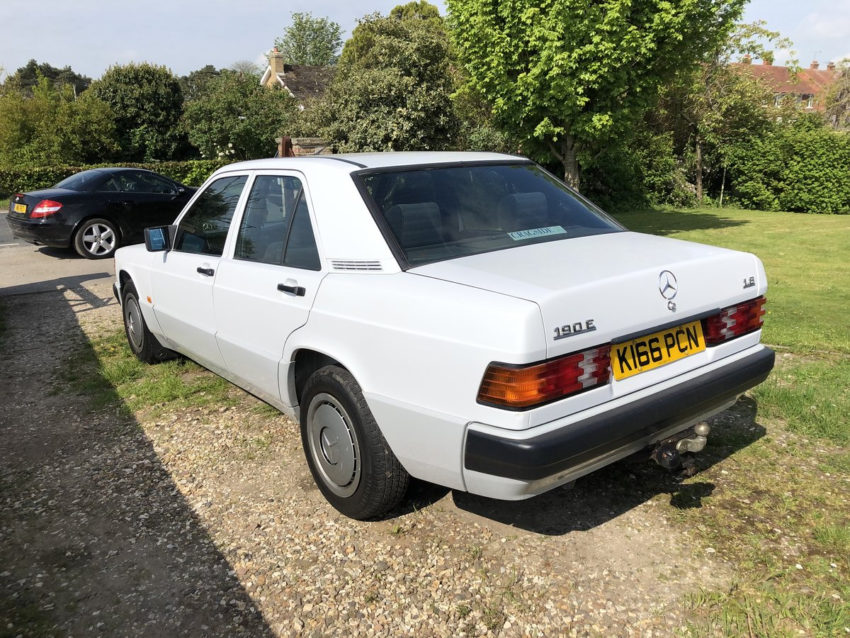 1992 Mercedes 190e Low mileage/2owners For Sale (picture 2 of 6)