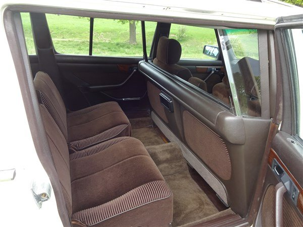 1987 MERCEDES BENZ LIMO 500 SEL STRETCHED For Sale (picture 4 of 6)