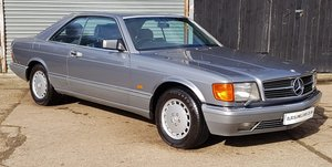 1987 Outstanding Mercedes W126 560 SEC - 30 Service stamps For Sale