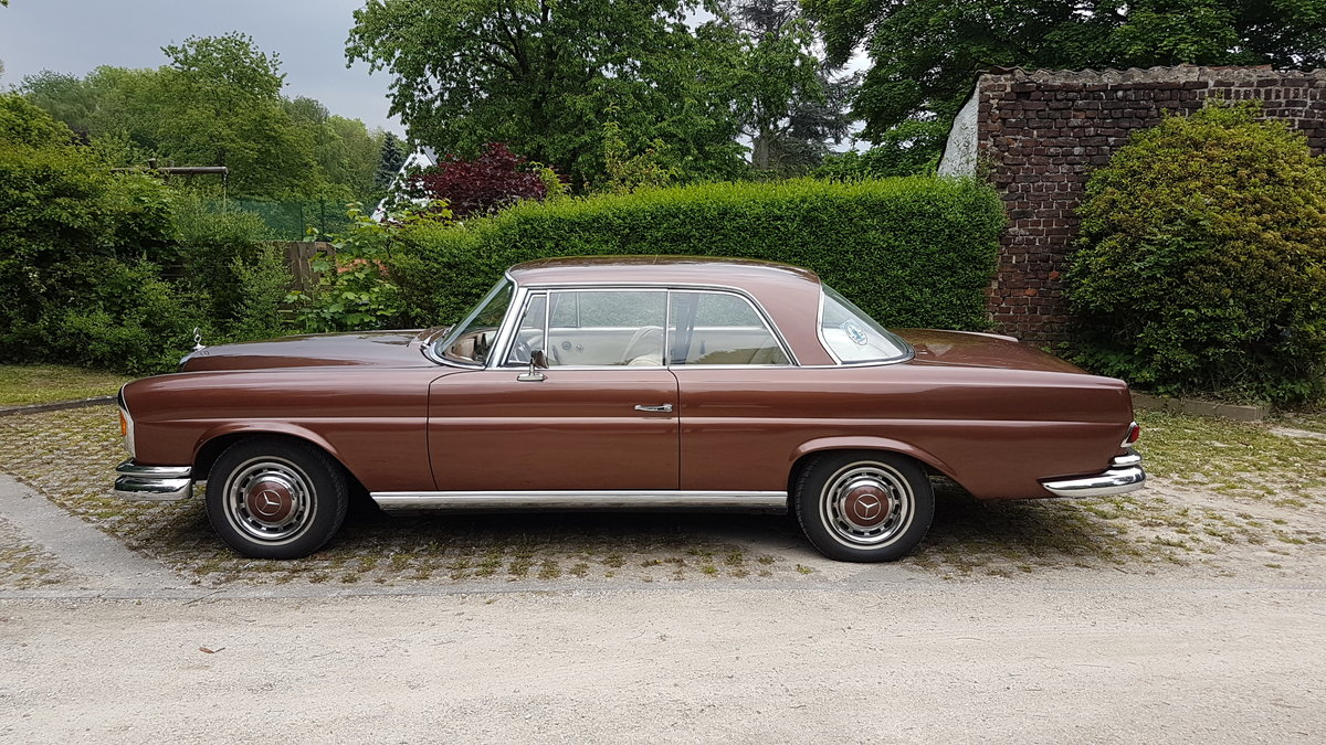 Mercedes 220 SE Coupe (1964) For Sale (picture 2 of 6)