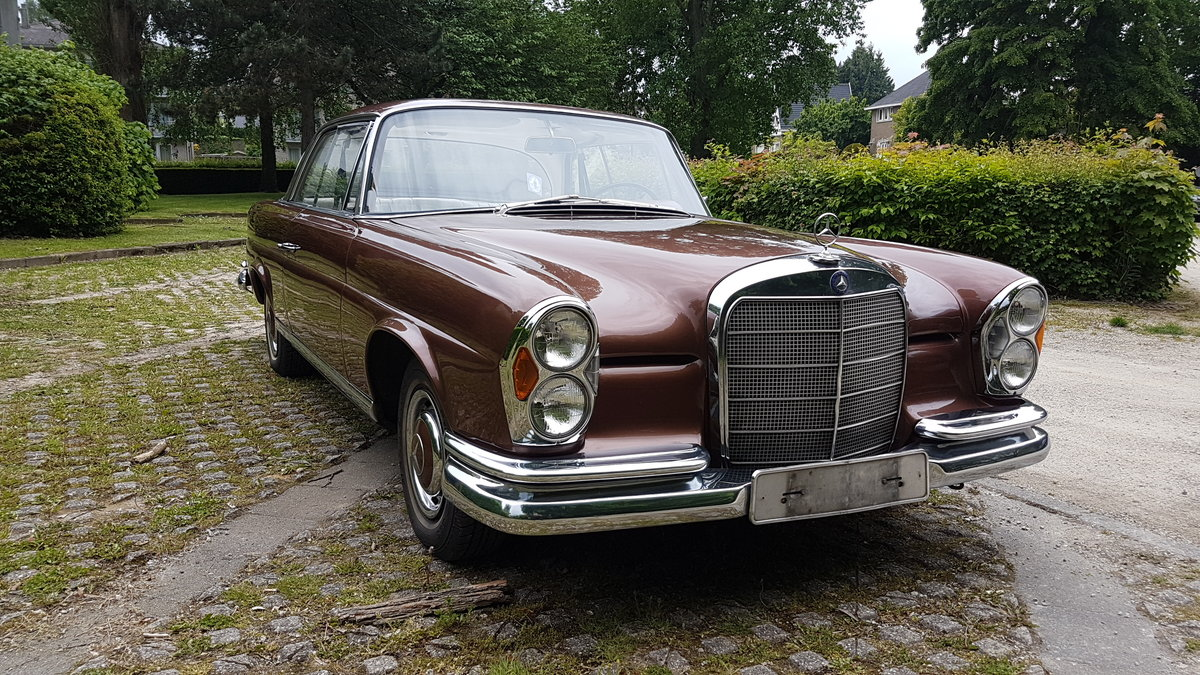 Mercedes 220 SE Coupe (1964) For Sale (picture 3 of 6)